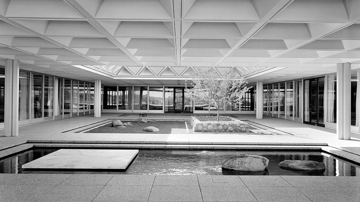 Photo: Mid-Century modern architecture by Gordon Bunshaft